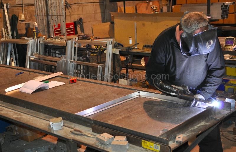 aluminum decking calgary | Aluminum Railing - Sundeck Solutions - Calgary Vinyl Decking